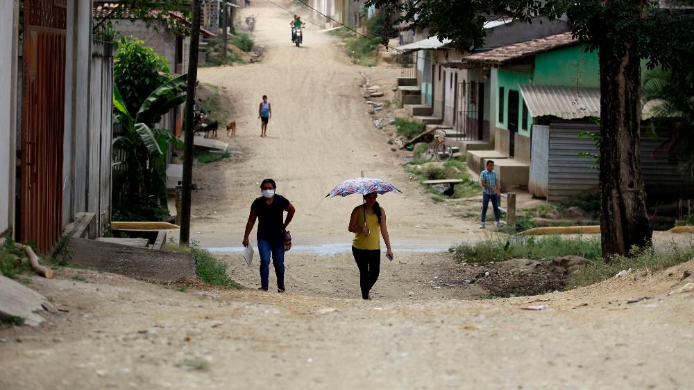 Migrantes abren nueva ruta para ingresar a Honduras rumbo a EE.UU. - migrantes Trojes Honduras