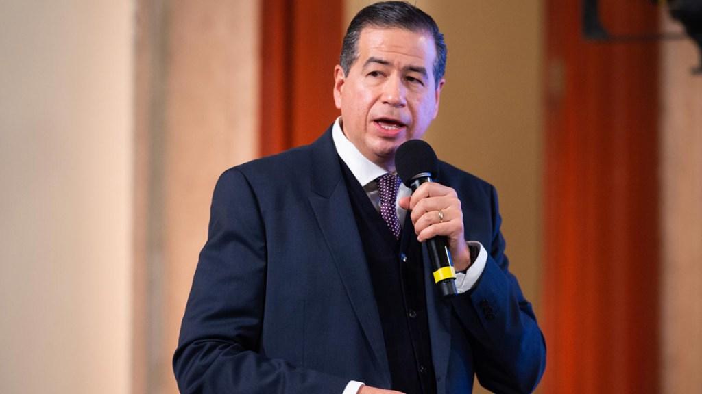 Mejía Berdeja, impulsor de padrón de celulares, fue multado por la filtración del padrón electoral de 2010 - Ricardo Sóstenes Mejía Berdeja. Foto de Gobierno de México