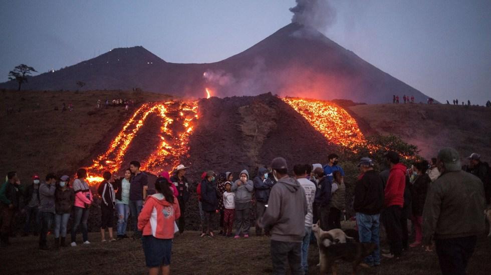 Flujo de lava del volcán Pacaya de Guatemala alcanza mil 600 metros - Volcán Pacaya