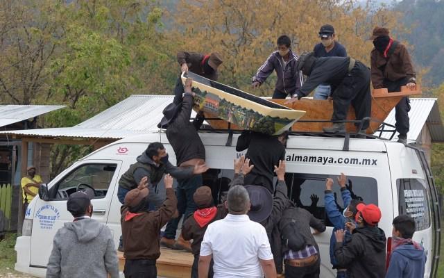 Zapatistas inician viaje a Europa para defender sus derechos y autonomía - Una delegación del Ejército Zapatista de Liberación Nacional (EZLN) emprendió este lunes un viaje a Europa para defender sus derechos de justicia social y explicar sus reivindicaciones de autonomía frente al estado federal mexicano. Foto de EFE/Carlos López