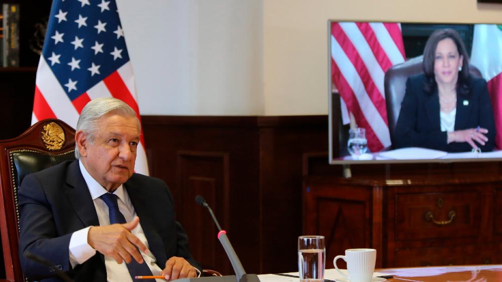 EE.UU. y México colaborarán para atajar deforestación y más causas de migración - AMLO Lopez Obrador Kamala Harris México EE.UU.