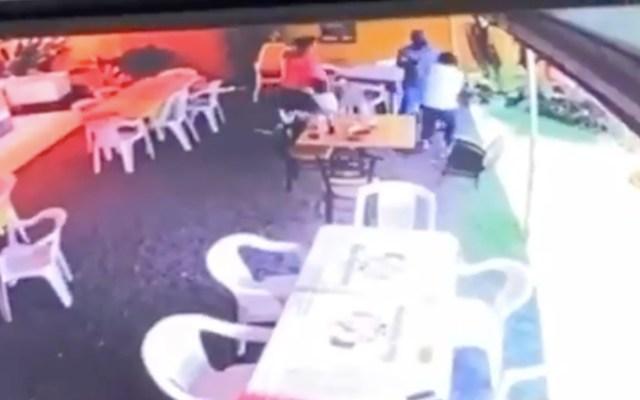 Muere menor de cinco años baleado durante asalto en Morelos - Muere menor de cinco años al ser baleado durante asalto en Morelos. Foto tomada de video