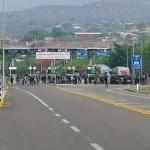 En Chiapas detienen a 95 presuntos estudiantes normalistas
