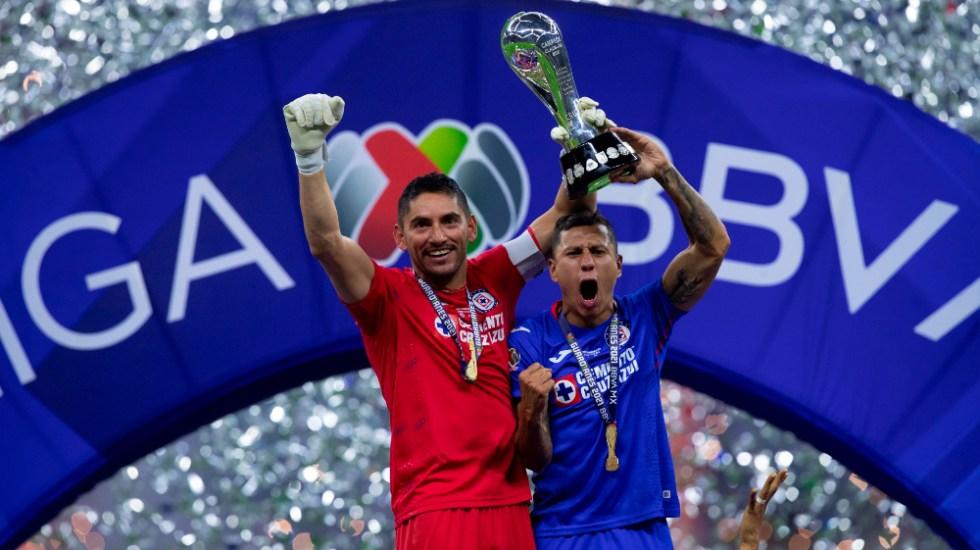 """""""No se puede vencer a quien no sabe rendirse"""": AMLO felicita a Cruz Azul por campeonato - Cruz Azul campeón"""
