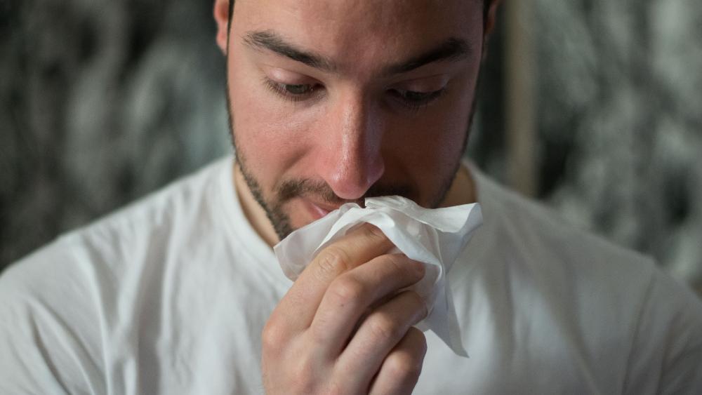 COVID-19 leve induce una protección duradera de anticuerpos - enfermo anticuerpos