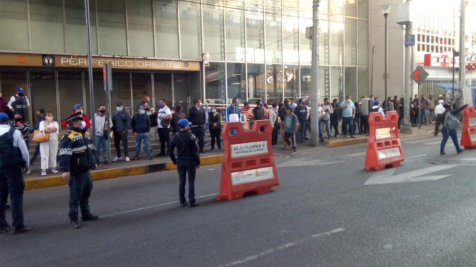 Usuarios de Línea 12 del Metro saturan transporte emergente - filas usuarios transporte CDMX Linea 12 Metro