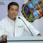 Giran orden de aprehensión contra García Cabeza de Vaca; congelan sus cuentas