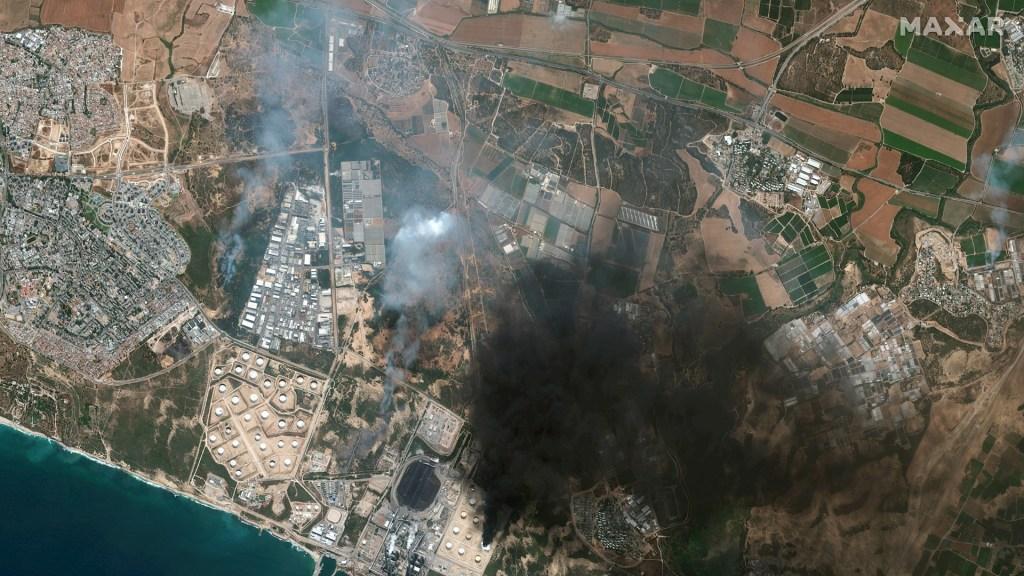Israel inicia ataques por tierra y aire en la Franja de Gaza - Gaza cohetes Israel milicias palestina 6