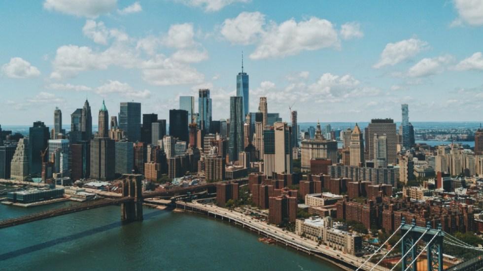Nueva York levantará en mayo la mayoría de restricciones de aforo por COVID-19 - Nueva York