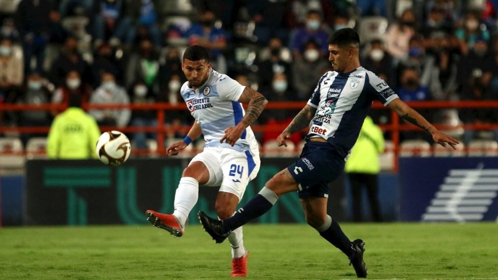Comisión Disciplinaria de FMF sanciona a Pachuca por sobrecupo en semifinal - uca Cruz Azul partido Estadio Hidalgo Futbol 2