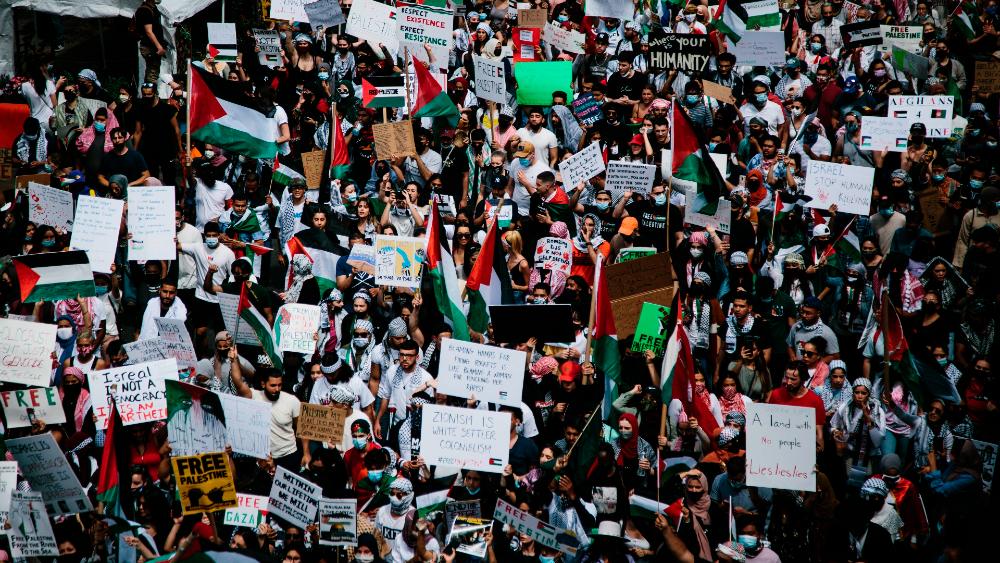 Miles de personas marchan en Nueva York a favor de Palestina - Palestina Nueva York marcha
