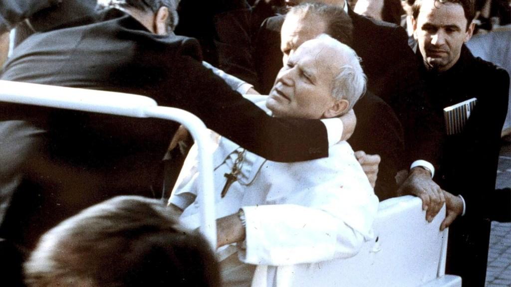 Papa Juan Pablo II atentado disparo