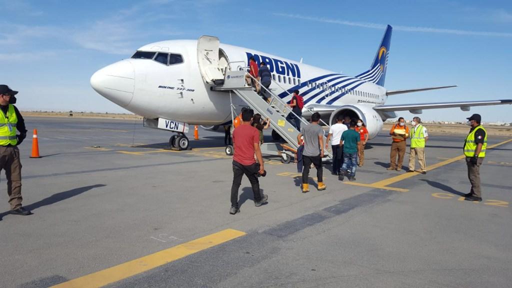 INM repatría a 932 migrantes centroamericanos rescatados en frontera con EE.UU. - Repatriación de migrantes centroamericanos. Foto de @INAMI_mx