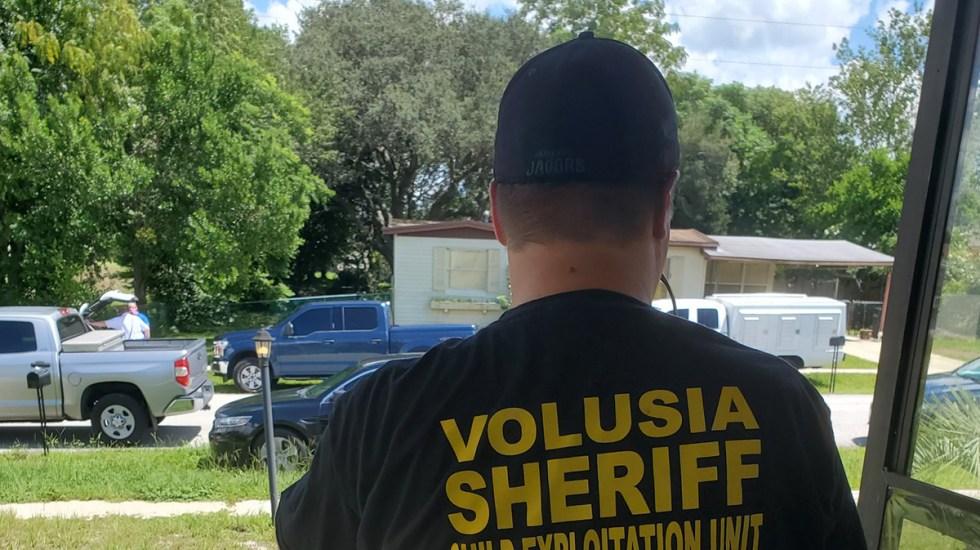 Policía de Florida hiere de bala a niña de 14 años que disparó contra agentes - Agentes de la Oficina del Sheriff de Volusia, Florida. Foto de @VolusiaSheriff