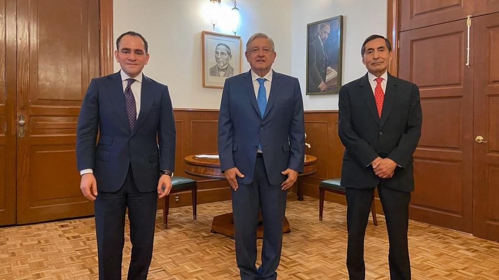 Arturo Herrera será propuesto como gobernador de Banxico; Rogelio Ramírez de la O llega a SHCP - El presidente López Obrador junto a Arturo Herrera y Rogelio Ramírez