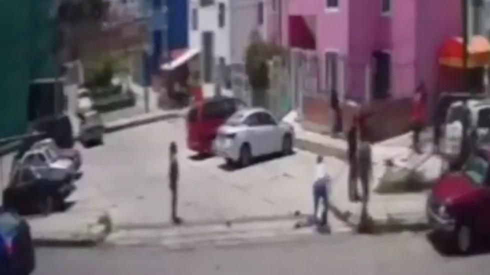 Conductor atropella y mata a dos menores en Atlixco - #Video Condutor en estado de ebriedad atropella y mata a dos menores en Atlixco. Foto tomada de video
