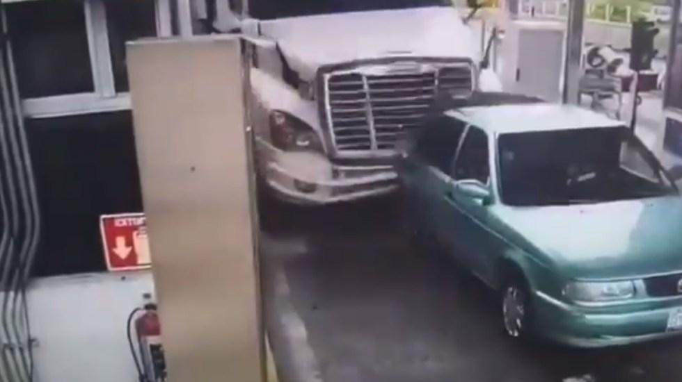 #Video Así ocurrió el accidente en la caseta de Jalostotitlán - Caseta Jalostotitlán accidente