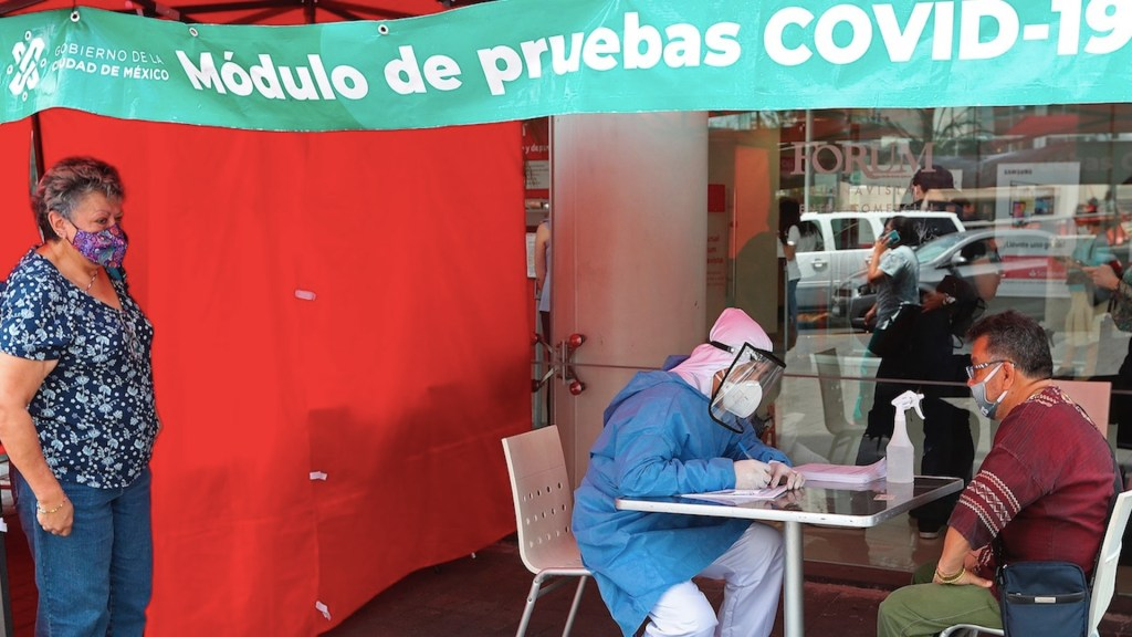 México registró por segundo día consecutivo más de 9 mil casos de COVID-19 - Situación del COVID-19 en México. Foto de EFE