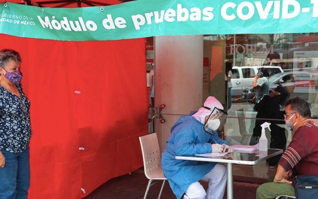 PRI pide incluir COVID-19 y Línea 12 del Metro en consulta popular sobre expresidentes - Situación del COVID-19 en México. Foto de EFE