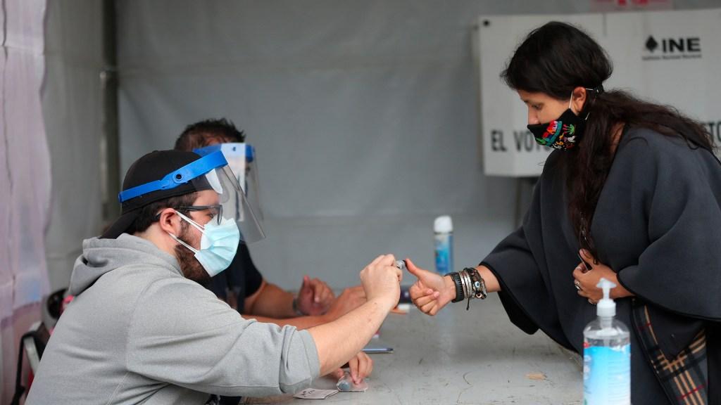 El 99.99 % de México está 'tranquilo' durante las elecciones: SSPC - Elecciones 2021 en México. Foto de EFE