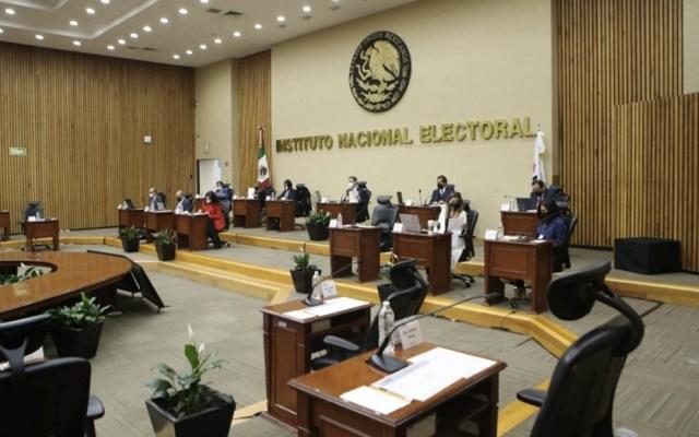 INE aprueba campaña para consulta sobre expresidentes - El voto por correo desde el extranjero alcanzó el 52.45 por ciento de participación, informó el Instituto Nacional Electoral. Foto de INE