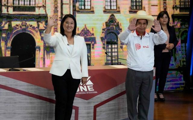 Voto en el exterior definiría segunda vuelta electoral en Perú: Zovatto - Keiko Fujimori y Pedro Castillo en debate por la Presidencia de Perú. Foto de EFE