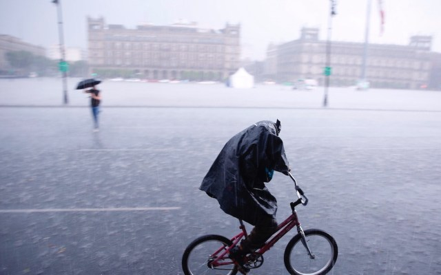 Activan Alerta Amarilla por lluvias en seis alcaldías - México alerta por temporal de lluvias en gran parte del país. Foto de EFE