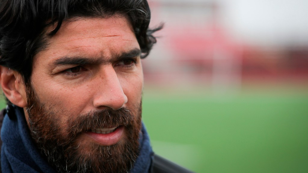 'Loco' Abreu se retira del futbol a los 44 años - El futbolista uruguayo Sebastián Abreu. Foto de EFE