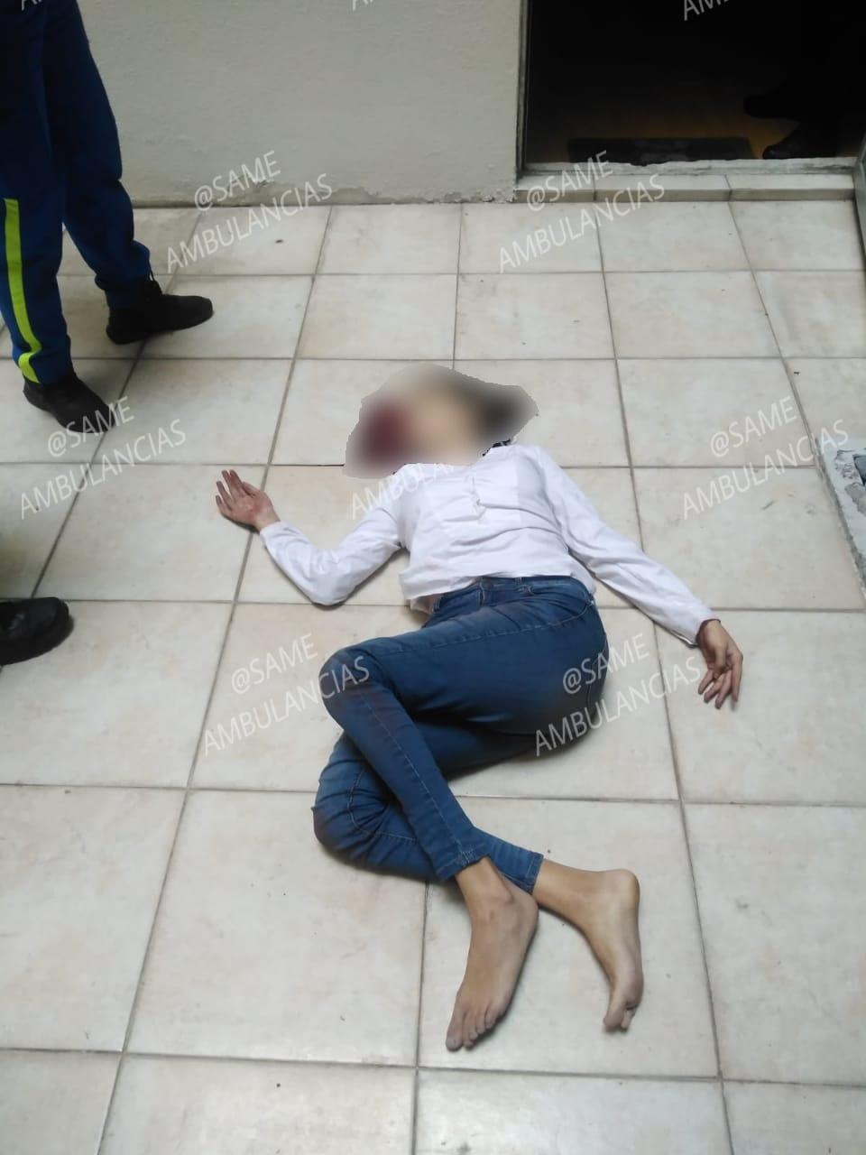 Mujer víctima simulacro sismo
