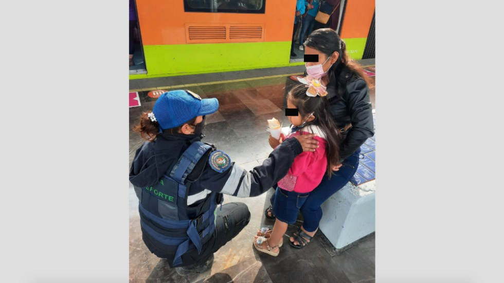 Niña cae a las vías del Metro en la Ciudad de México - Niña Metro Peñon Viejo vías Iztapalapa