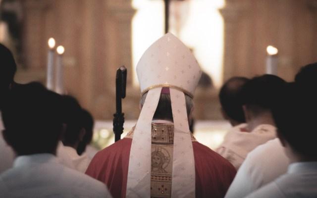 Obispos de EE.UU. redactarán documento sobre comunión, aborto y Biden - obispo obispos Iglesia Católica
