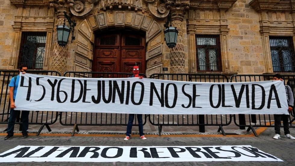 Protestan en Jalisco contra la represión policial a un año de la muerte de Giovanni López - Protestan contra la represión policial por la muerte de un detenido en Jalisco. Foto de EFE