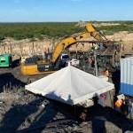 Rescatan cuerpos de otros dos mineros atrapados en derrumbe en Coahuila