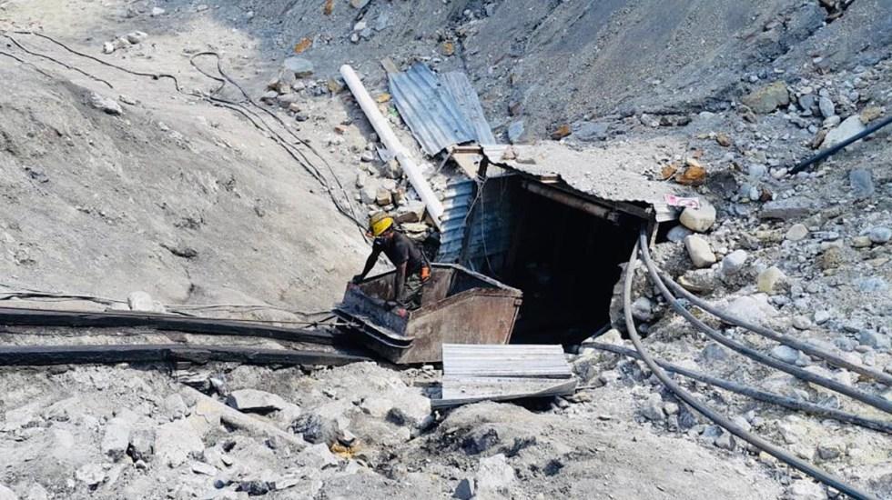 Continúan tres mineros atrapados en Múzquiz, Coahuila - Trabajos en mina Micarán, en Múzquiz, Coahuila, para el rescate de tres mineros atrapados. Foto de @CNPC_MX