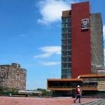 """Reitera AMLO ataques a la UNAM: """"¿Cuántos tratados, libros o ensayos existen sobre corrupción?"""""""