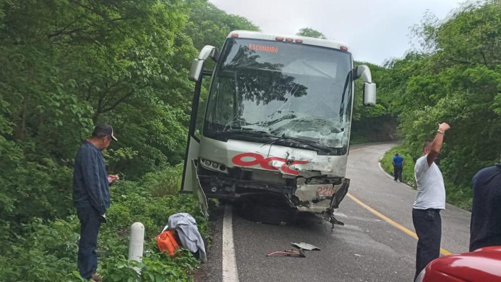 accidente Oaxaca promotores consulta popular