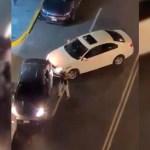 #Video Sujeto golpea auto con bat en CDMX por obstruir su cochera