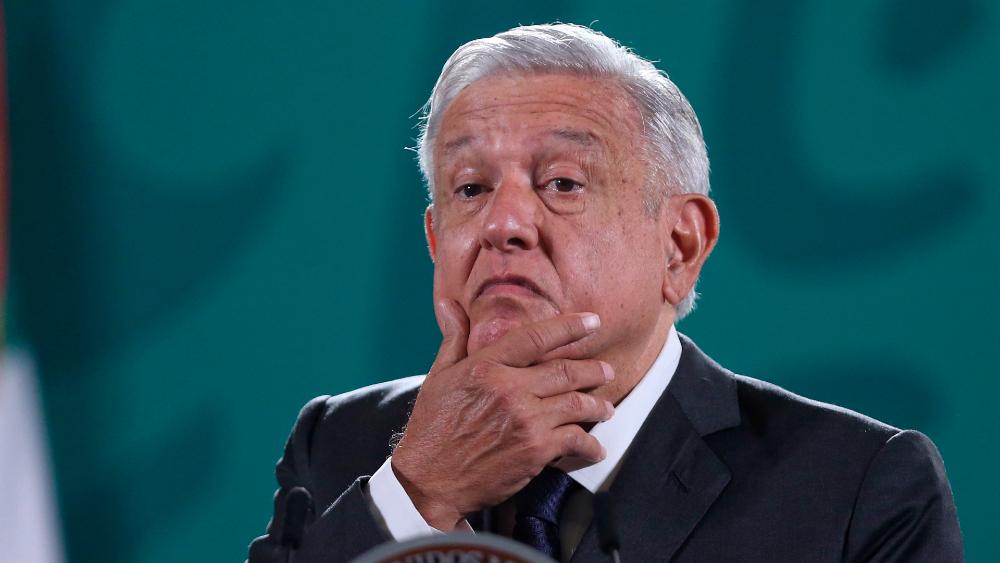 """""""No son demócratas auténticos"""": López Obrador critica a órganos electorales tras sanciones - AMLO López Obrador mentiras veda"""