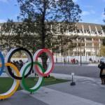 Calles, estadios y playas: las sedes de los Juegos - Aros olímpicos afuera del Estadio Olímpico de Tokio. Foto de Google Maps / Joe Walker