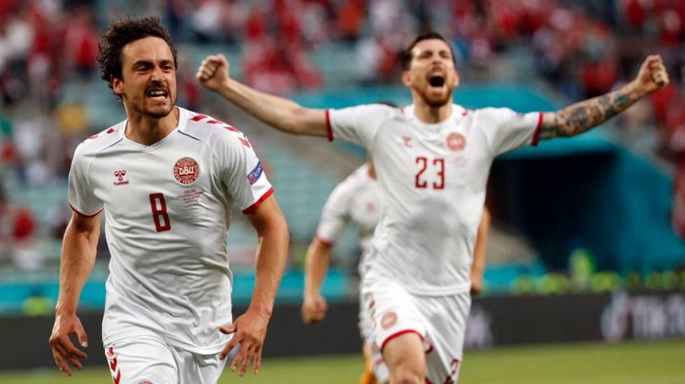 Dinamarca aplaca la reacción checa y se mete en semifinales - Dinamarca Euro