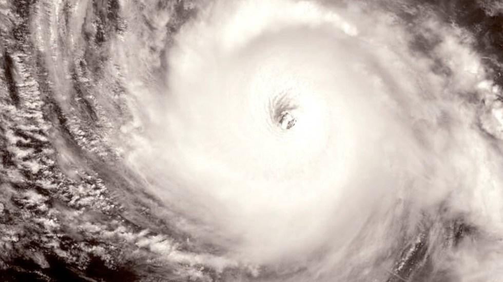 Felicia se intensifica a huracán categoría 4 lejos de costas mexicanas - Felicia Huracán Categoría 4 Costas méxico