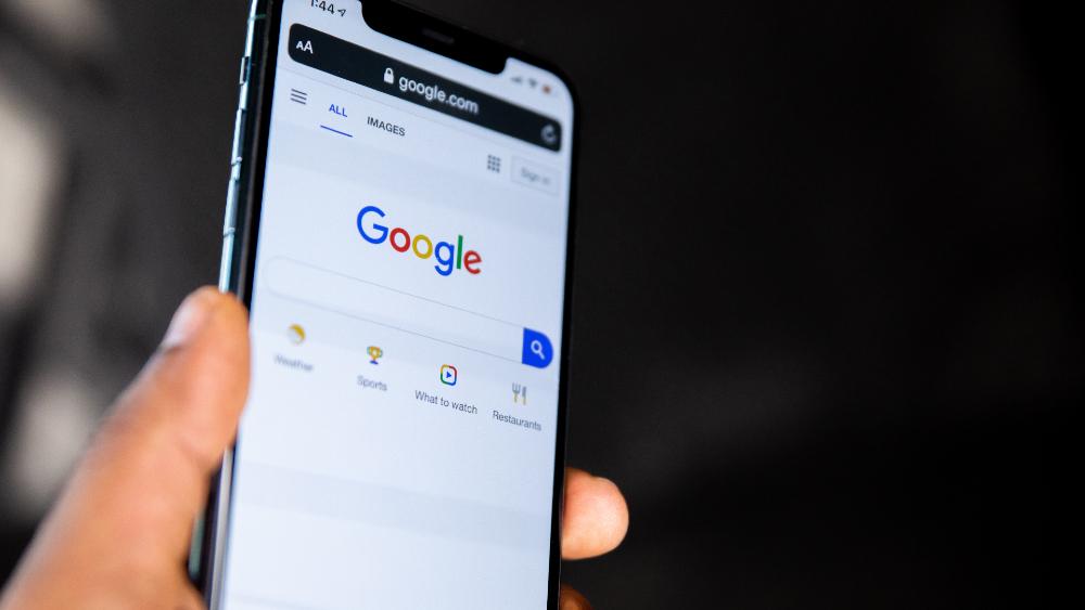 Facebook, Twitter y Google amenazan con dejar Hong Kong por nuevas normas - Google buscador Hong Kong