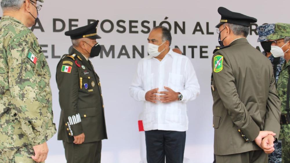 Reconoce Astudillo a general Eufemio Ibarra por labor en IX Región Militar de Guerrero - Hector Astudillo Guerrero