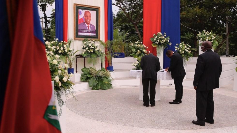 Haití rinde homenaje al asesinado presidente Jovenel Moise - Haití rinde homenaje al asesinado presidente Jovenel Moise. Foto de EFE