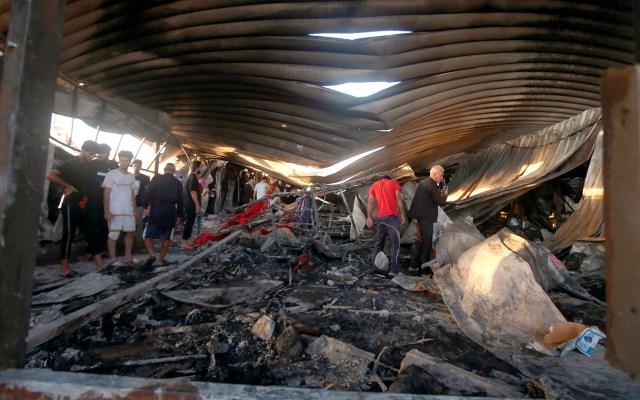 Sube a 92 cifra de muertes por incendio en hospital COVID-19 de Irak - Hospital COVID-19 en Irak tras incendio. Foto de EFE