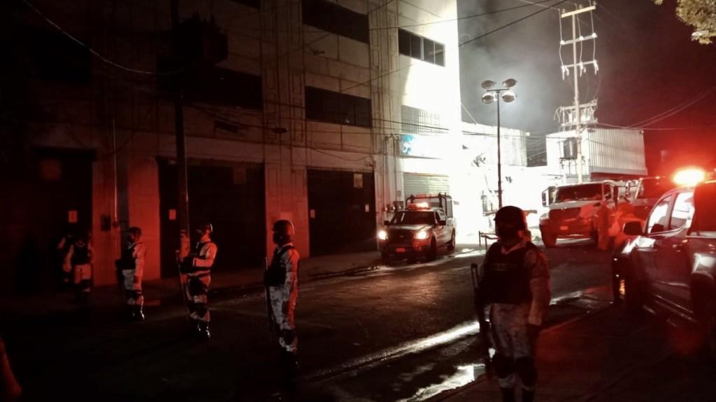 Completamente controlado incendio en fábrica de la Benito Juárez - Incendio San Simón Benito Juárez 10