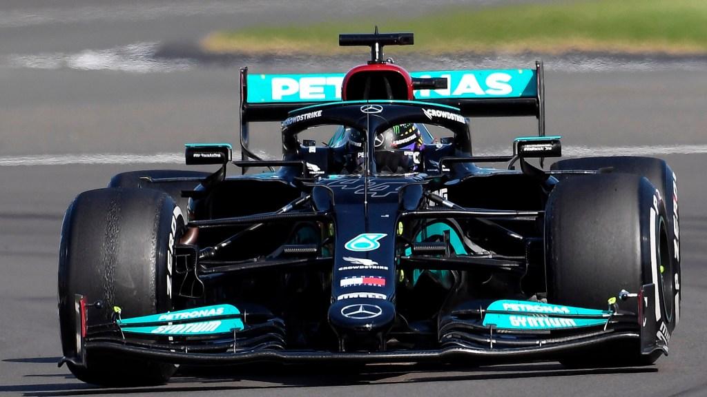 Lewis Hamilton gana el GP de Gran Bretaña; 'Checo' Pérez finalizó en 16vo lugar - Lewis Hamilton en GP de Gran Bretaña. Foto de EFE