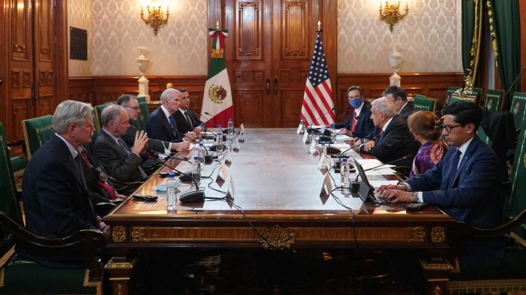 López Obrador sostiene reunión con senadores estadounidenses - México AMLO López Obrador reunión senadores Estados Unidos