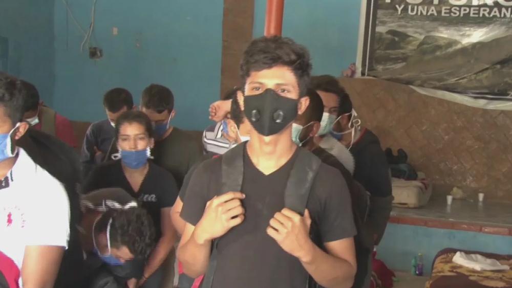 Rescatan en Ciudad Juárez a 53 migrantes hacinados en vivienda - migrantes rescatados Ciudad Juárez