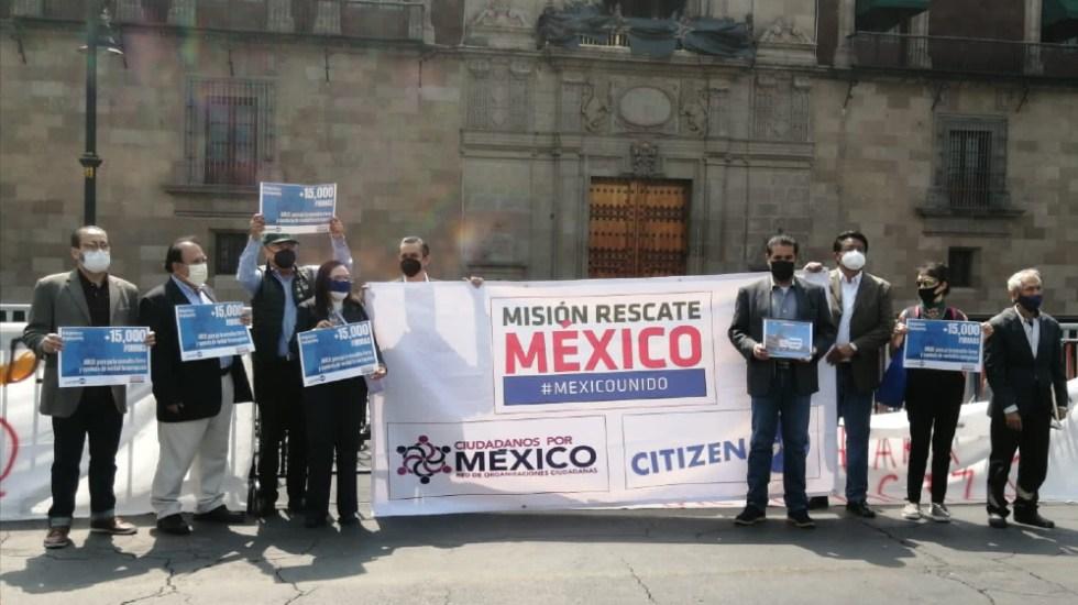 """Organizaciones exigen a AMLO frenar """"farsa"""" de consulta popular - Misión Rescate México consulta protesta Palacio Nacional"""